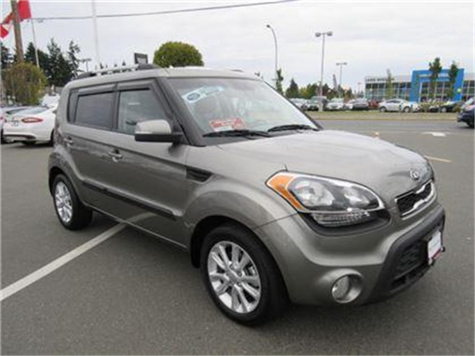 2013 Kia Soul 2u Low Kilometres Towing Packa Outside