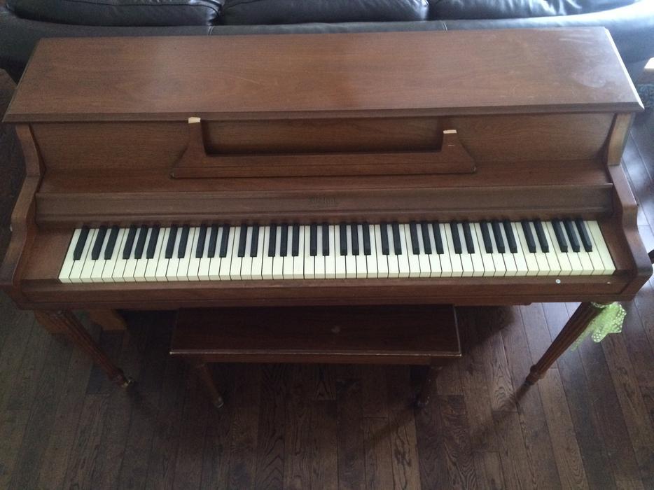 Jordan Kitt's Music - Yamaha Pianos, Used Steinways ...
