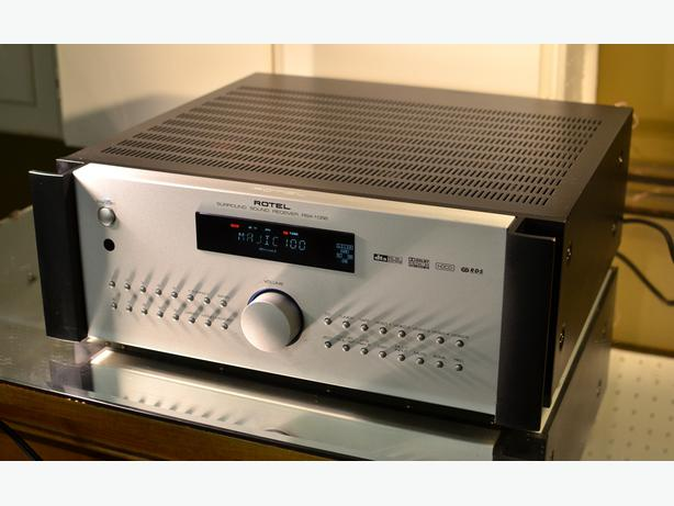 HI-END MONSTER ROTEL RSX-1056 STEREO / SURROUND RECEIVER