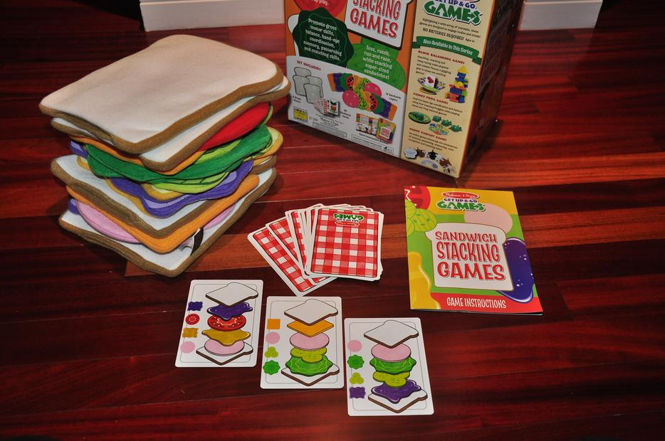 Melissa and doug play kitchen sandwich set game oak bay for Kitchen set game