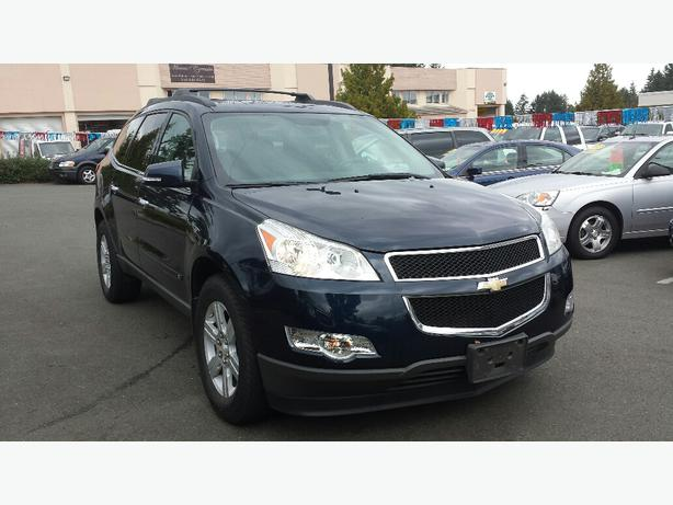 used 2010 chevrolet traverse lt for sale in parksville outside alberni valley alberni. Black Bedroom Furniture Sets. Home Design Ideas