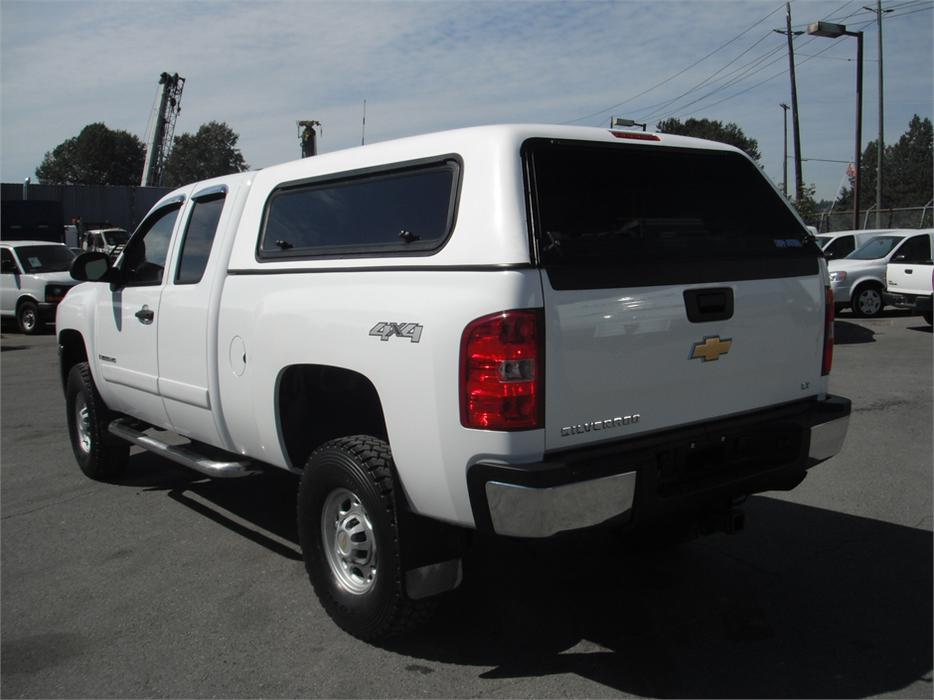 2008 chevrolet silverado 2500hd lt1 ext cab std box 4wd with canopy outside alberni valley. Black Bedroom Furniture Sets. Home Design Ideas