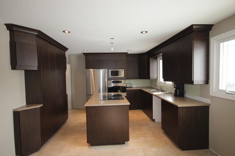 Kitchen cabinet refacing central ottawa inside greenbelt for Kitchen cabinets ottawa