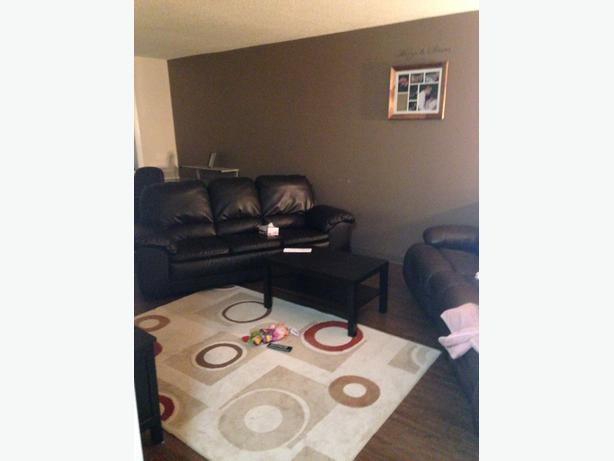 Pet Friendly 2 Bedroom Apartment For October 1 Transcona North Kildonan Winnipeg Mobile