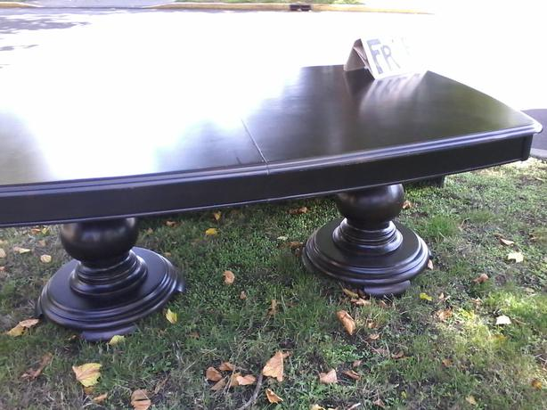 Free Dining Room Table Victoria City Victoria Mobile