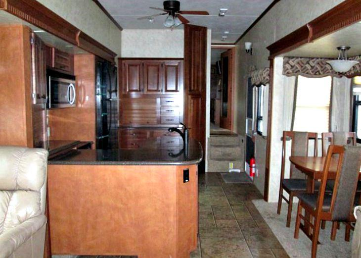 Sold Quot Touring Edition Quot 2011 Cedar Creek 36re 5th Wheel
