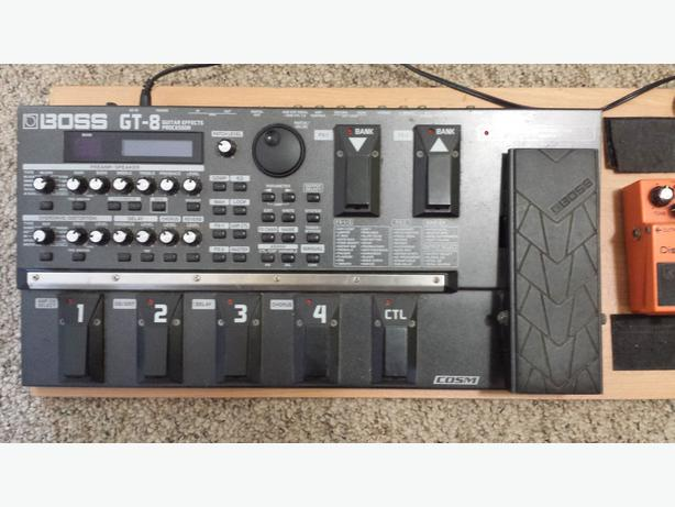 price reduced boss gt8 guitar effects pedal 150 obo central nanaimo nanaimo. Black Bedroom Furniture Sets. Home Design Ideas