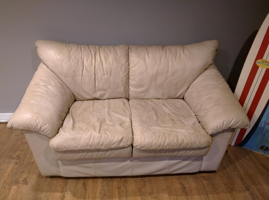 Free Full Living Room Furniture Saanich Victoria Mobile