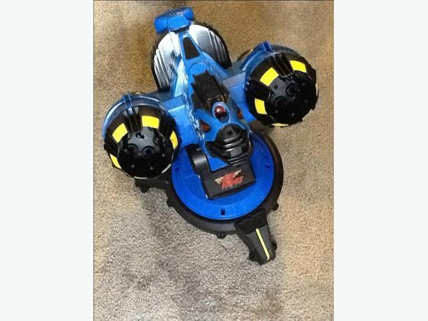 Air Hogs remote controlled missile launcher