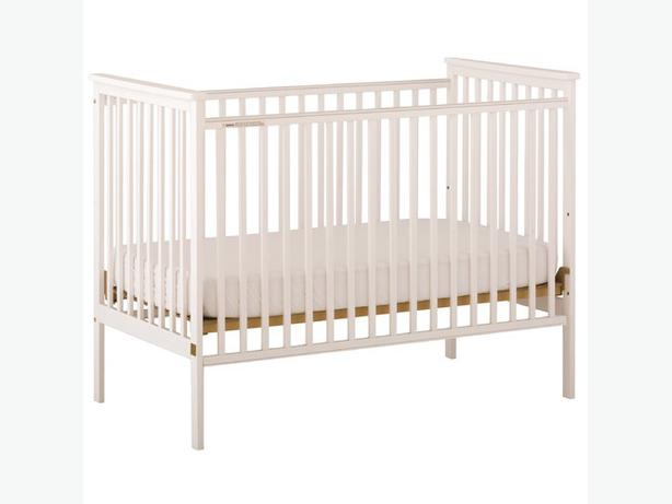 white storkcraft crib libby design fixed sides