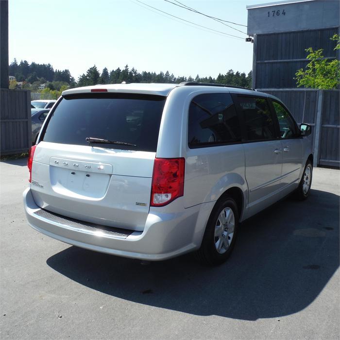 Used Dodge Caravan: 2011 Dodge Grand Caravan SXT-Bluetooth, Steering Wheel