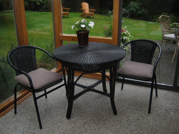 Wicker Bistro Set Rattan Swivel Chair Set North Saanich Sidney Victoria