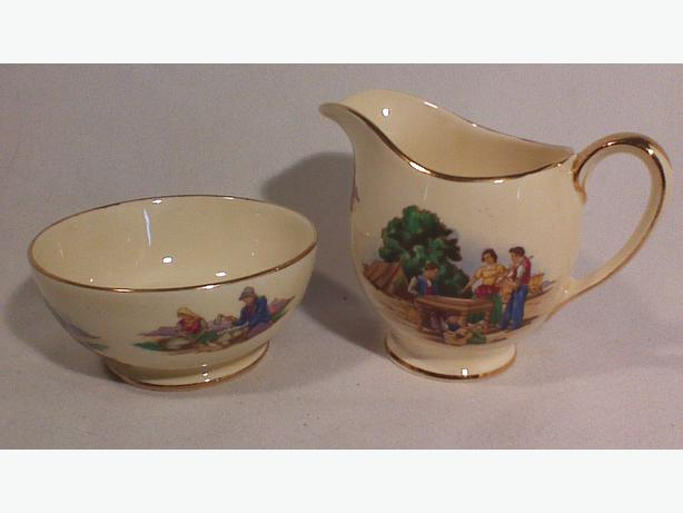 Royal Winton Romany cream & sugar