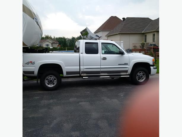 2003 gmc lst 2500 hd duramax diesel truck for sale orleans ottawa. Black Bedroom Furniture Sets. Home Design Ideas