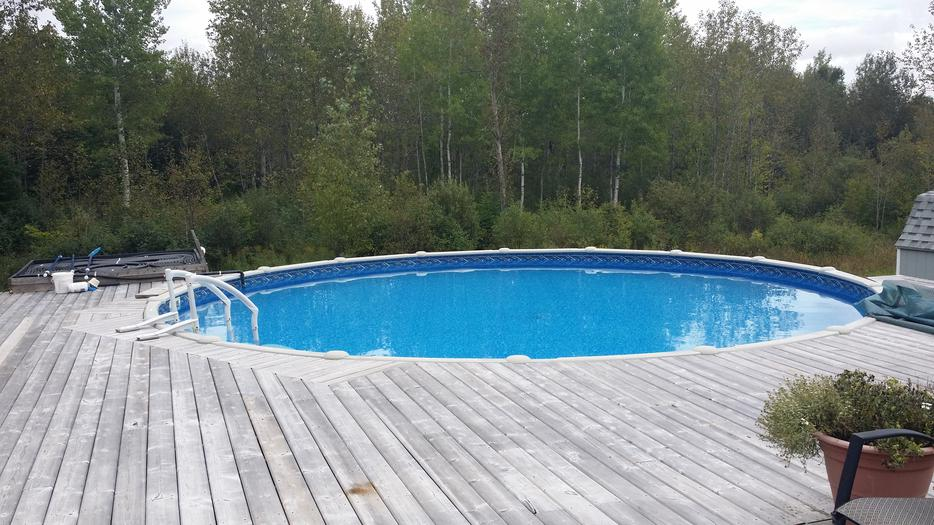 27ft Salt Water Above Ground Pool Still Up And Running To See Outside Ottawa Gatineau Area Ottawa
