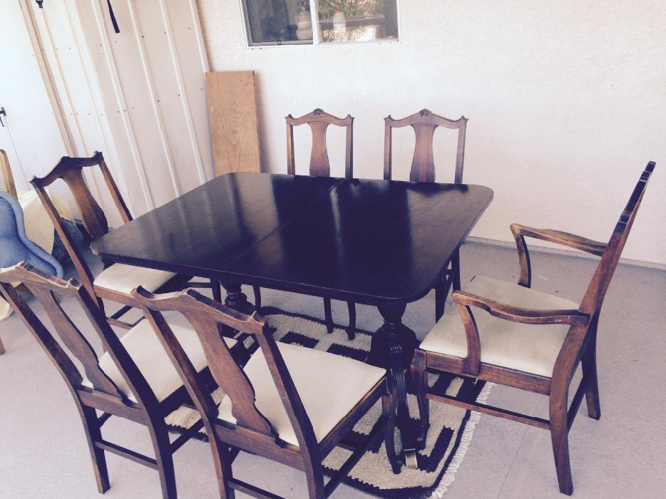 Table mahogany 52 x 36 w x30 t 6 chairs saanich victoria for Table 52 houston