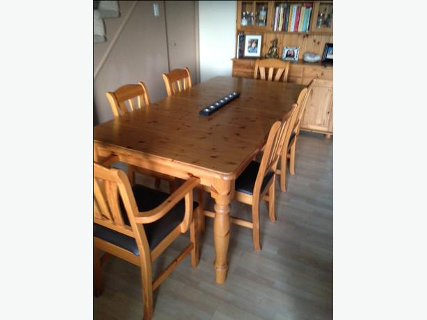 Solid Wood Dining Table, 6 Chairs And Hutch (buffet) $700