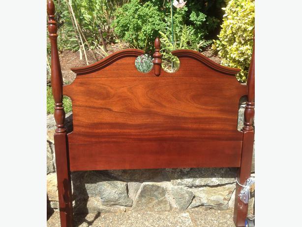 Solid Wood Twin Size Headboard Saanich Victoria