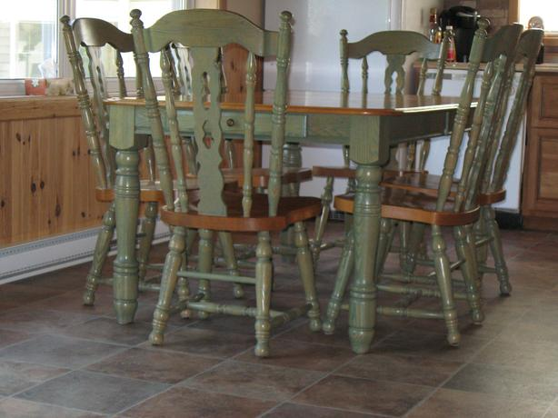 SOLID OAK amp DINING TABLE amp CHAIRS Buckingham Sector  : 48945262614 from www.usedottawa.com size 614 x 460 jpeg 41kB