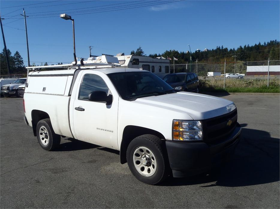 2011 chevrolet silverado 1500 work truck 2wd with canopy and roof rack outside nanaimo nanaimo. Black Bedroom Furniture Sets. Home Design Ideas