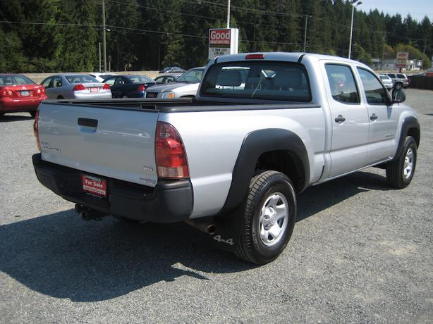 2007 toyota tacoma crew 4x4 new michelin ltx tires new rear shocks outside comox valley comox. Black Bedroom Furniture Sets. Home Design Ideas
