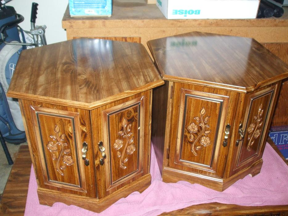 Coffee table amd two end tables north regina regina for Coffee tables regina
