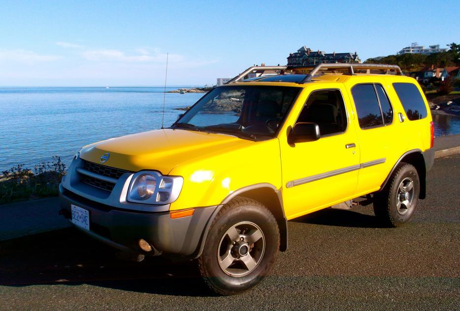 Safari Yellow 2002 Nissan Xterra Oak Bay, Victoria