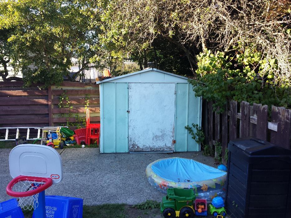 Older metal garden shed for sale saanich victoria mobile for Used metal garden sheds for sale