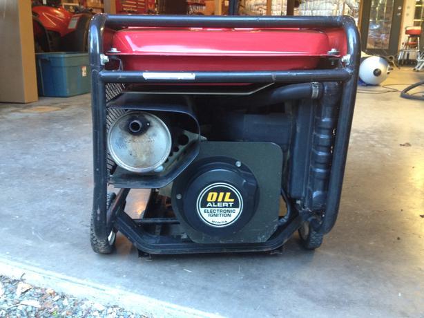honda es 6500 generator 1200$ Cedar, Nanaimo - MOBILE