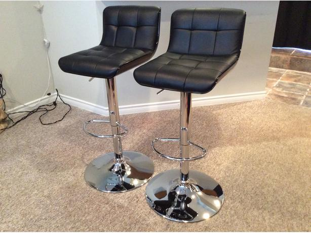 Reduced Price 80 2 Black Bonded Leather Stools