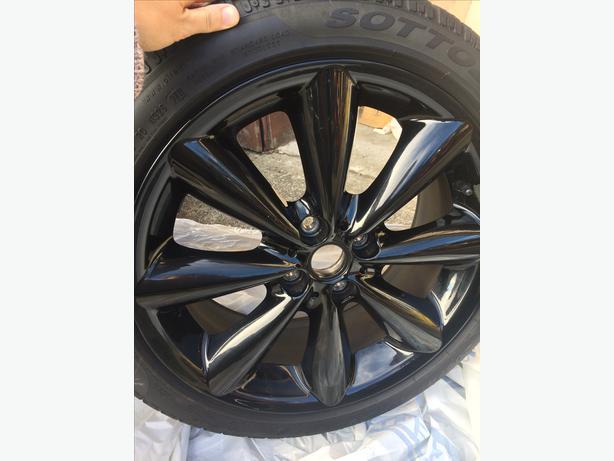 4 mini cooper winter tires and black rims four sottozero winter tires victoria city victoria. Black Bedroom Furniture Sets. Home Design Ideas