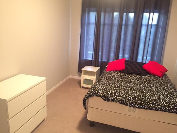 Room For Rent Barrhaven