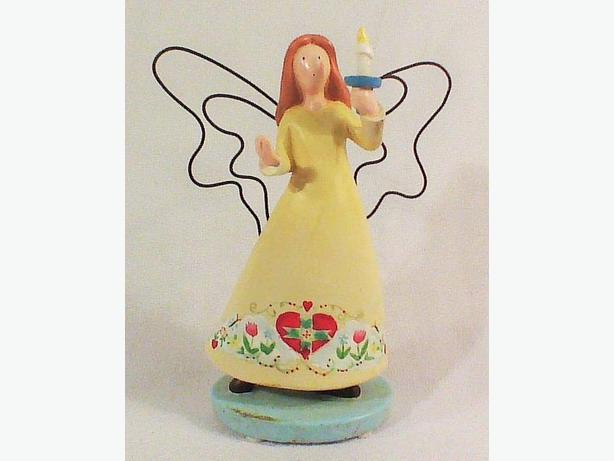 Friendship Warms the Heart Russ Berrie collectible angel