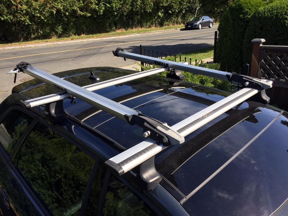 Thule Roof Rack With Bike C Victoria City Victoria