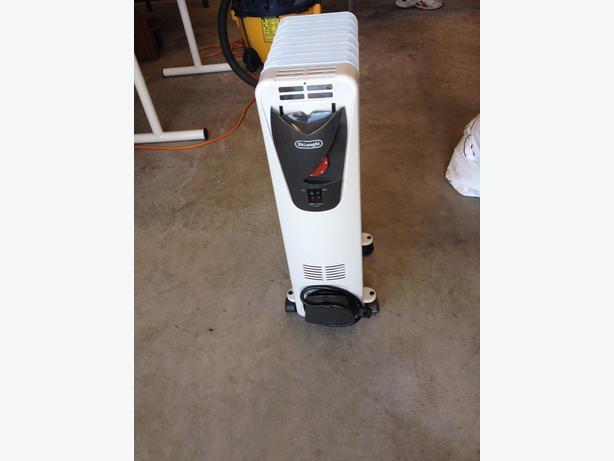 delonghi electric radiator heater west shore langford. Black Bedroom Furniture Sets. Home Design Ideas