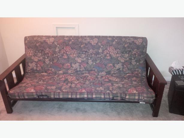 futon lit vendre gatineau sector quebec ottawa. Black Bedroom Furniture Sets. Home Design Ideas