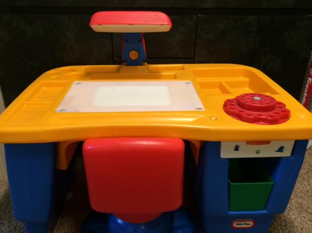 Little Tikes Art Desk With Chair North Regina Regina