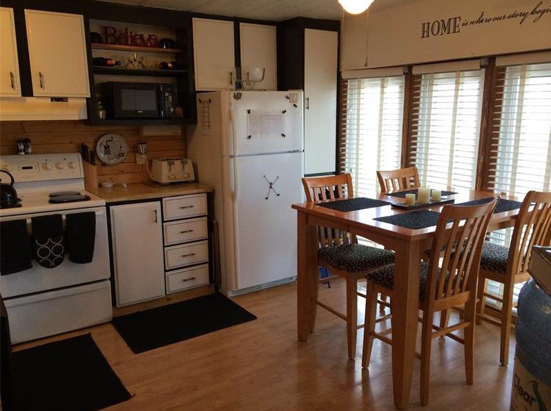 heavy duty mobile home skirting with Cozy 3 Bedroom Home In Pilot Butte Sk For Sale 33 Walters Mobile Home Park 25994806 on 32552262 additionally Wood Gate Fences additionally Peterborough Trailers For Sale The Trailer Depot In also Sr 72 12 42 X 6 21m in addition Wall Guards 0.