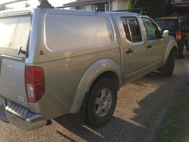 2005 nissan frontier 4x4 low kms crew cab new transmission. Black Bedroom Furniture Sets. Home Design Ideas