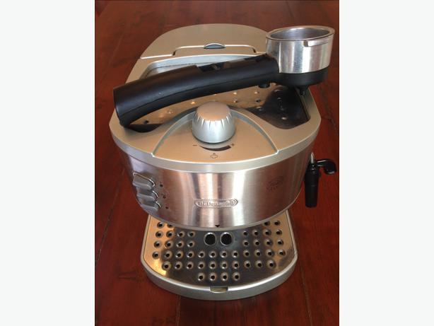Delonghi Coffee Maker Ec330 Pods : DeLonghi pump espresso maker (make EC330) Victoria City, Victoria