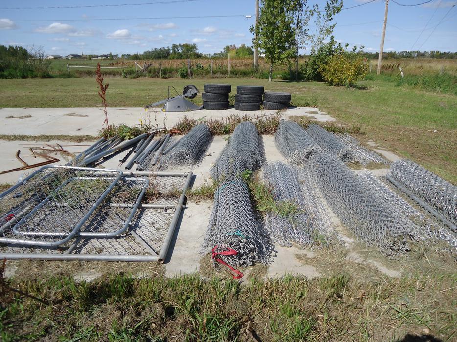 6ft High Chain Link Fence And East Regina Regina Mobile