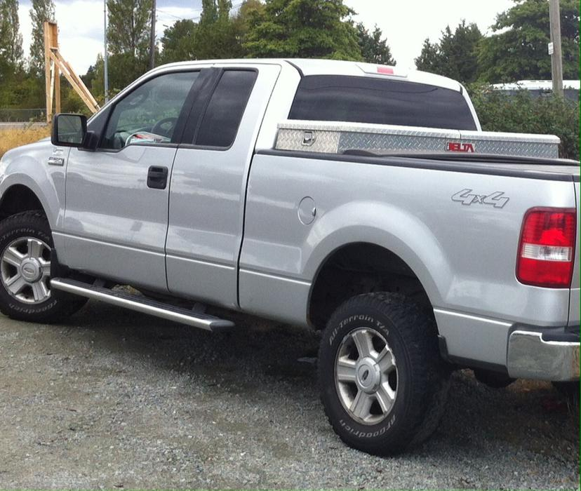 reduced 2004 ford f 150 5 4 extended cab north saanich. Black Bedroom Furniture Sets. Home Design Ideas