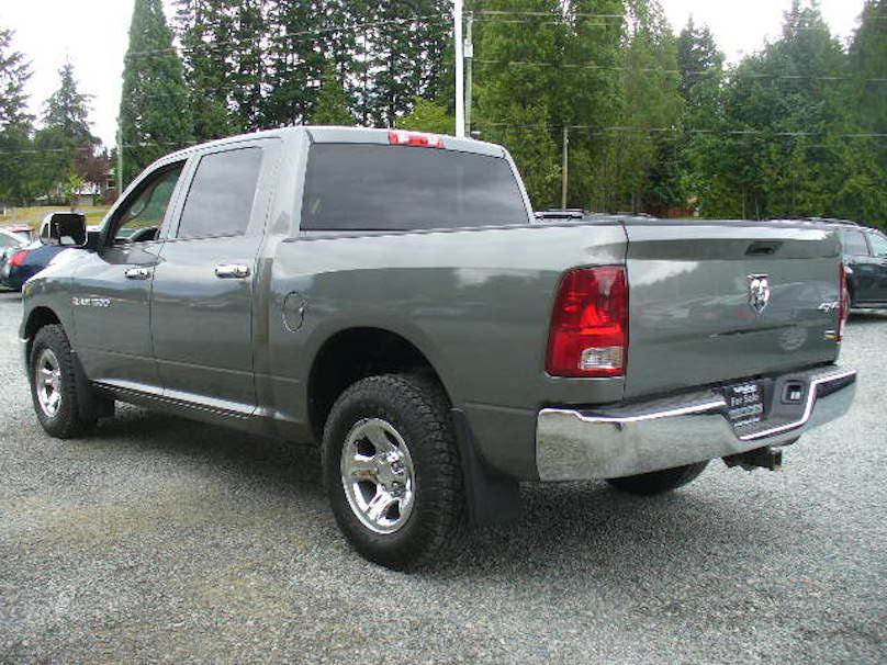 2011 ram 1500 crew cab 4x4 toyo open counrty tires touch screen only 84 000 km outside comox. Black Bedroom Furniture Sets. Home Design Ideas