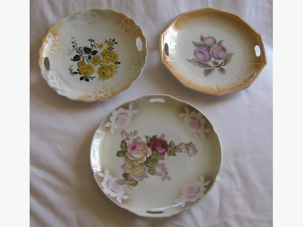 Vintage Cake Serving Plate With Open Cutout Handles 3 Designs 1 Germany Old