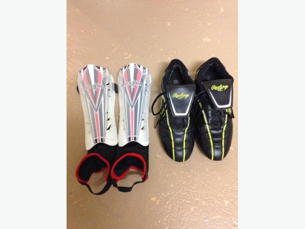 Soccer shoes & pads