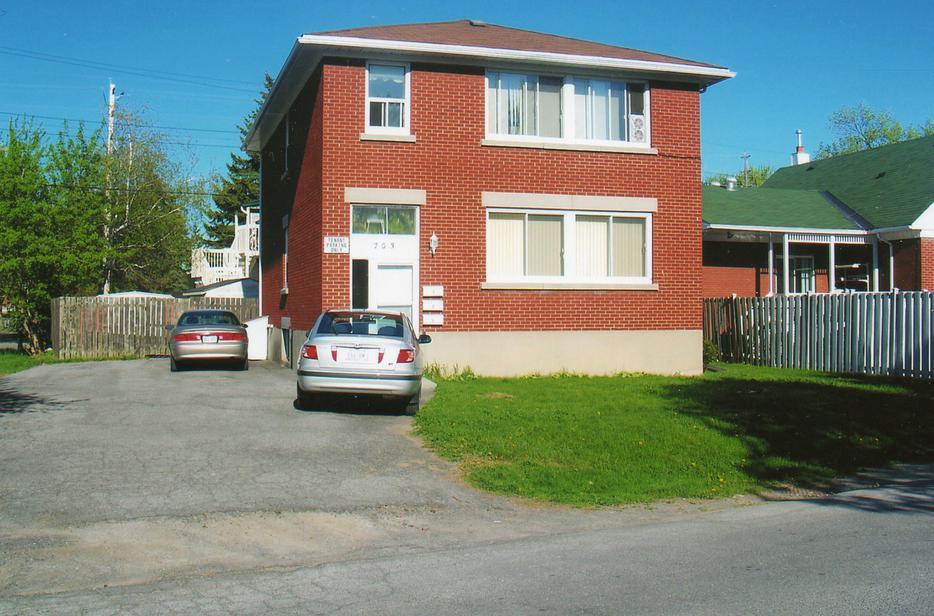 3 Bedroom Apartment For Rent Gloucester Ottawa