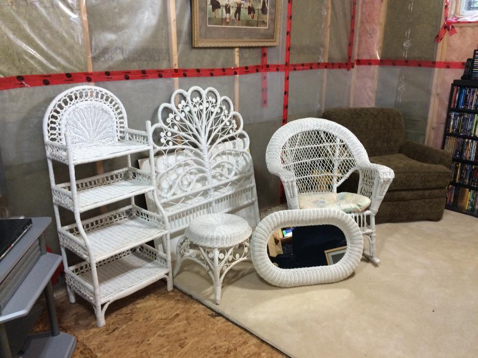 Beautiful White Wicker Bedroom Set Kanata Ottawa Mobile