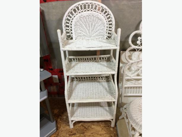 beautiful white wicker bedroom set kanata ottawa mobile