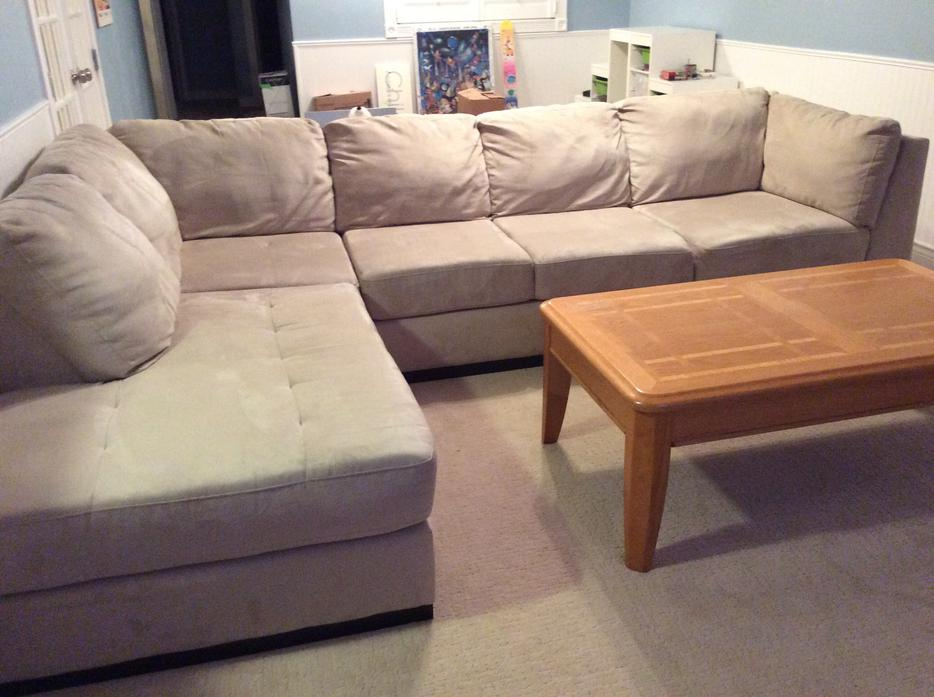 Oak dale 2 piece microsuede sectional sofa north saanich for Sectional sofa victoria