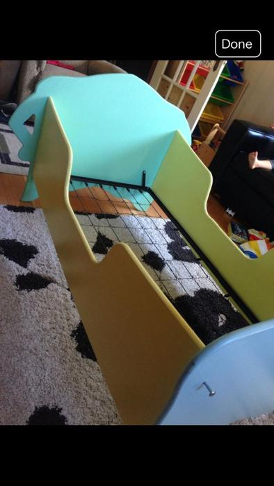 SUPER CUTE Toddler Bed Saanich Victoria